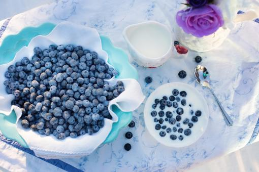 Free Stock Photo of Blueberries on the Table