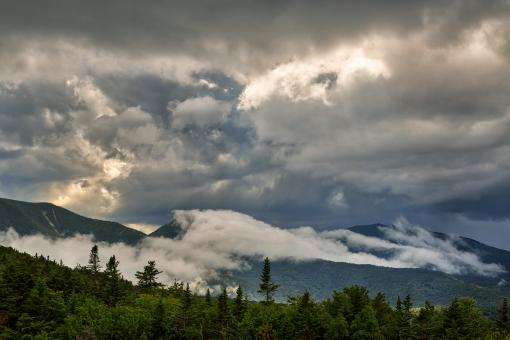 Free Stock Photo of Glowing White Mountain Clouds - HDR