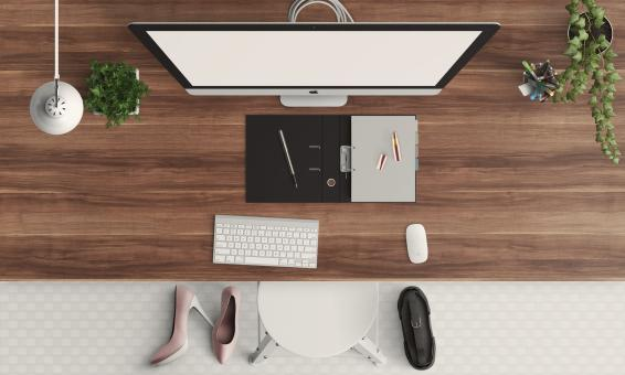 Free Stock Photo of Computer Desk