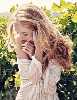 Free Stock Photo of Blonde Girl in the Vineyard