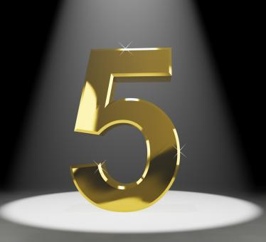 Free Stock Photo of Gold Five Or 5 3d Number Closeup Representing Anniversary Or Birthday