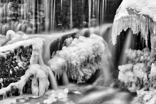 Free Stock Photo of Frozen Phantom Falls - Black and White HDR