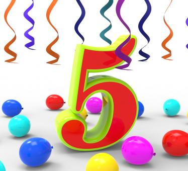 Free Stock Photo of Number Five Party Shows Multi Coloured Decorations And Confetti