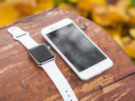 Free Stock Photo of Apple Watch and Mobile