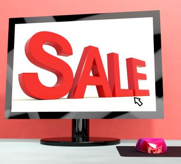 Free Stock Photo of Sale Message On Computer Shows Online Discounts