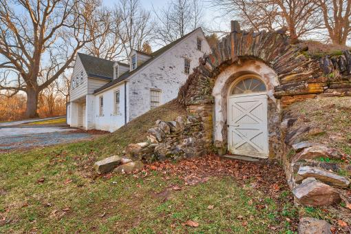 Free Stock Photo of Rustic Valley Forge Architecture - HDR