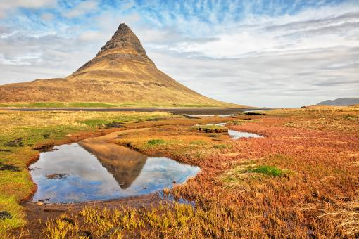 Free Stock Photo of Kirkjufell Reflection