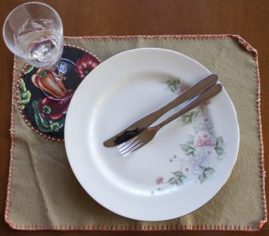 Free Stock Photo of Dinner Plate, Cutlery and Glass