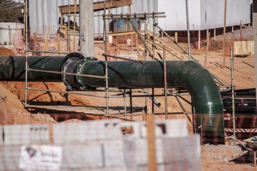 Free Stock Photo of Large Industrial Pipe