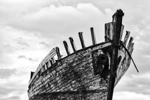 Free Stock Photo of Akranes Shipwreck - Black & White
