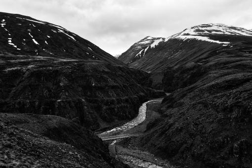 Free Stock Photo of Iceland Mountain River Pass - Black & White