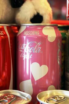 Free Stock Photo of Green Coca-Cola Light pink can with hearts