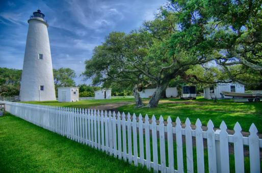 Free Stock Photo of White Lighthouse and Garden