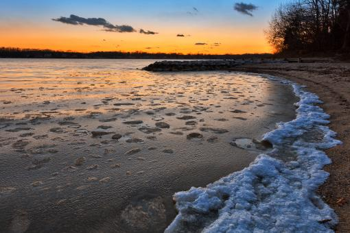 Free Stock Photo of Quiet Waters Winter Twilight