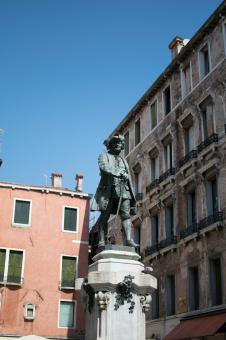 Free Stock Photo of Carlo Goldoni Monument in Venice
