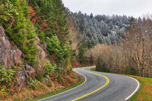 Free Stock Photo of Winding Autumn Frost Road - Great Smoky Mountains