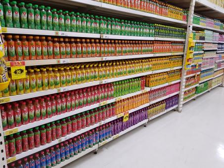 Free Stock Photo of Juice Aisle in Grocery Store