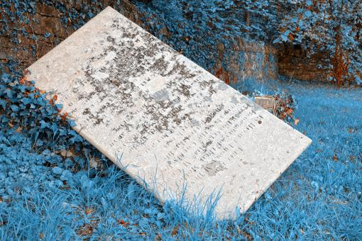 Free Stock Photo of Tilted Donegal Tombstone - Frozen in Time