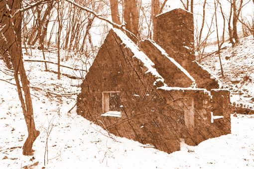 Free Stock Photo of Cracked Wood Winter Ruins