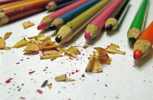 Free Stock Photo of Colored Pencils and Shavings