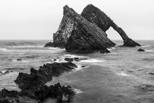 Free Stock Photo of Black Bow Fiddle Rock
