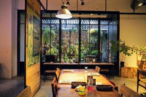 Free Stock Photo of Interior of Restaurant in Taichung