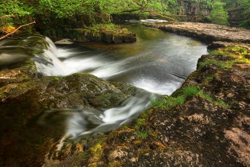 Free Stock Photo of Winding River Cascades - Brecon Beacons