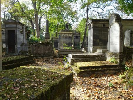 Free Stock Photo of Abandoned Graves in Paris