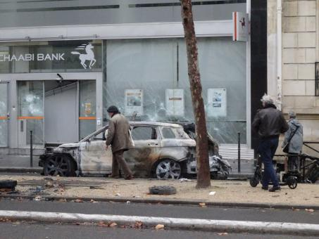 Free Stock Photo of Syria in the midst of civil war? No! Paris after the riots...