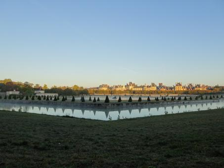 Free Stock Photo of Sunrise on the huge park of the royal castle of Fontainebleau