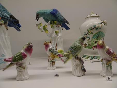 Free Stock Photo of 18th century birds in porcelain