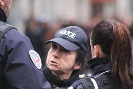 Free Stock Photo of Women cops having a serious talk !