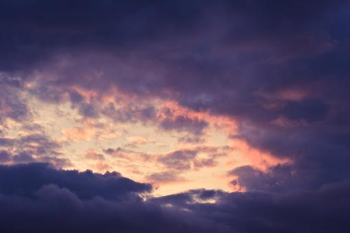 Free Stock Photo of Purple Sky Setting