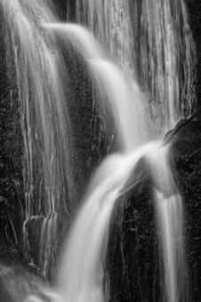 Free Stock Photo of Waterloo Falls - Black & White