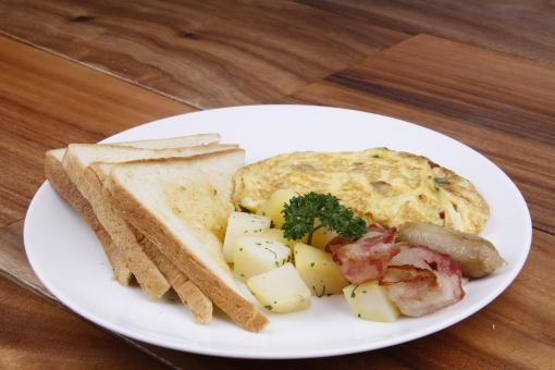 Free Stock Photo of Toast, Omelette, Bacon and Potato
