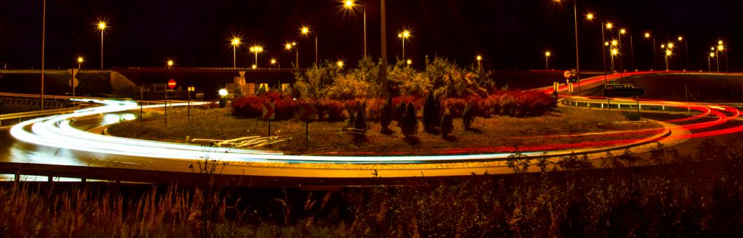 Free Stock Photo of Long Exposure of Roundabout at Night