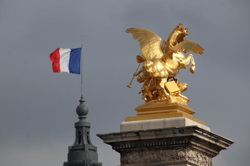 Free Stock Photo of Winged horse on Alexander III bridge in Paris
