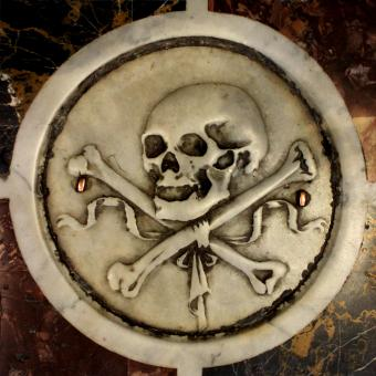 Free Stock Photo of Detail - Skull and Tibias - Pisa Baptistery