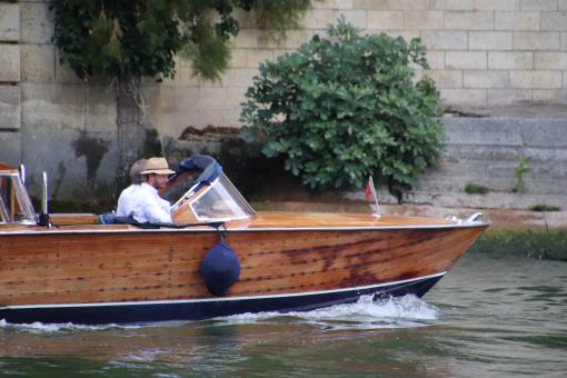 Free Stock Photo of Wooden boat on the Seine river