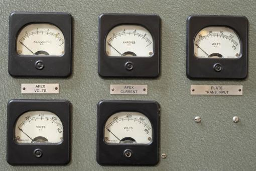 Free Stock Photo of Current and voltage dials