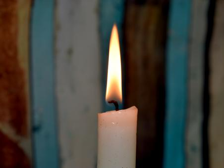 Free Stock Photo of The flame of a candle