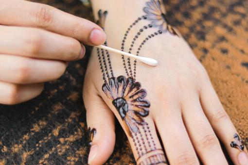 Free Stock Photo of Henna Design in the Making