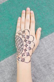 Free Stock Photo of Female Hand - Henna Design
