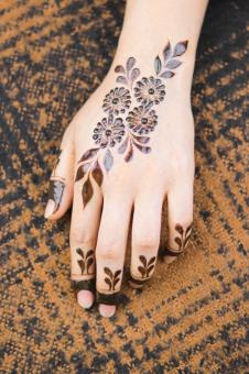 Free Stock Photo of Beautiful Henna Tattoo on Girl