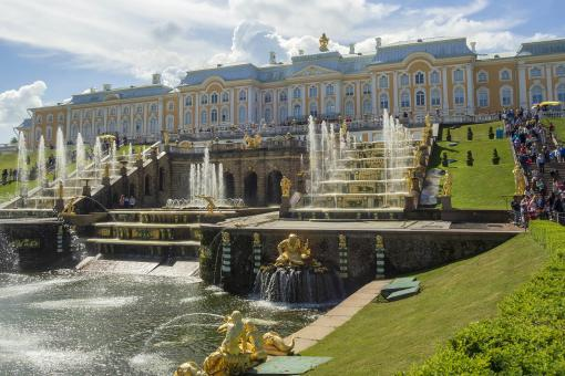 Free Stock Photo of Peterhof Palace Fountains - St Petersburg - Russia