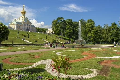 Free Stock Photo of Peterhof Palace Gardens - St Petersburg - Russia