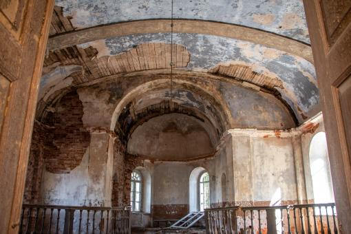 Free Stock Photo of Abandoned Church Interior