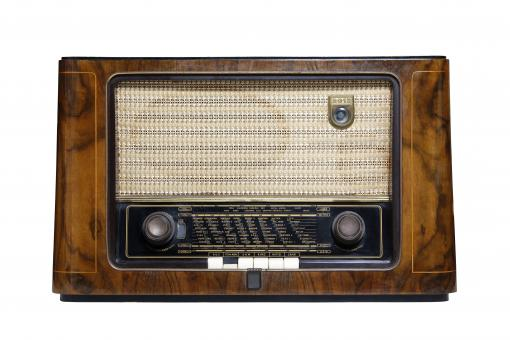 Free Stock Photo of Vintage Radio Isolated on White Background