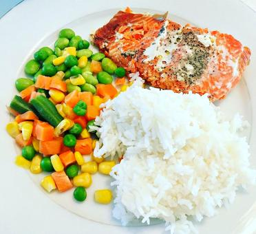 Free Stock Photo of Salmon with mixed vegetables and rice