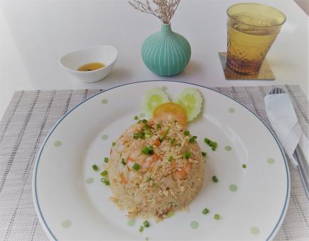 Free Stock Photo of Plate of fried rice with shrimp in a restaurant